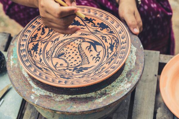 Gestión de las operaciones de decoración de productos cerámicos