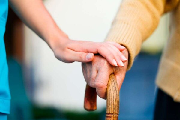 Toma de las constantes vitales de las personas dependientes en el domicilio