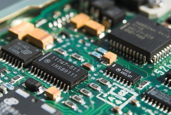 Ensamblado de Componentes de Equipos Eléctricos y Electrónicos