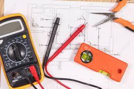 Técnicas de ajuste y puesta en funcionamiento de los pequeños aparatos electrodomésticos y herramientas eléctricas
