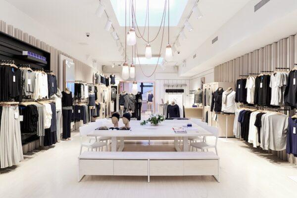 Almacenamiento y distribución interna de ropa