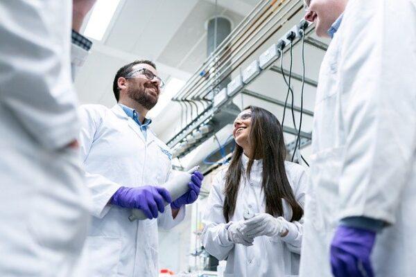 PRL en Empresas Químicas y Primeros Auxilios