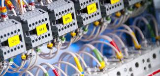 Gestión del aprovisionamiento para instalaciones eléctricas