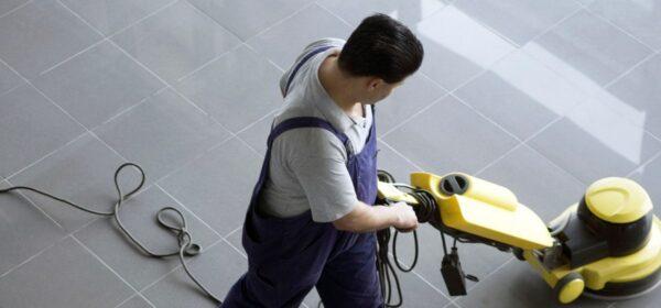 Aplicación y seguimiento de medidas de prevención de riesgos laborales en la limpieza de edificios y locales