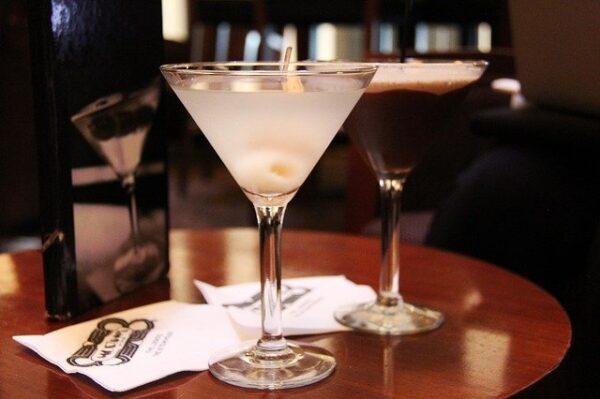 Aprovisionamiento y Almacenaje de Alimentos y Bebidas en el Bar