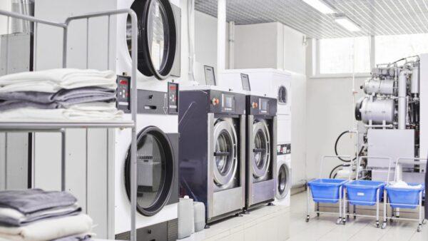 Almacenamiento y distribución interna de productos de lavandería