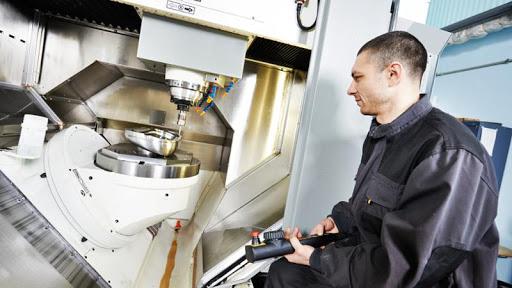 Análisis de tiempos y costes en fabricación mecánica